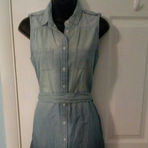 NWT American Eagle Sleeveless ButtonUp Denim Dress